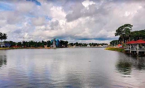 শকুনি লেক