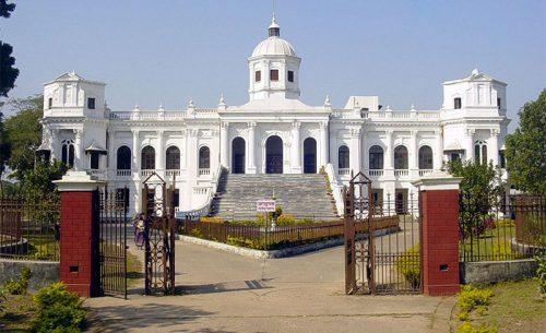 তাজহাট জমিদারবাড়ী